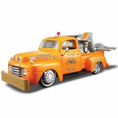 Maisto 1948 Ford F1 Wrecker Diecast Model Araba