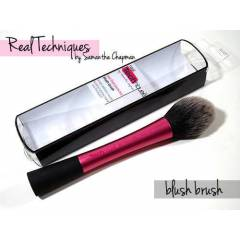 Real Techniques Blush Brush All�k F�r�as�