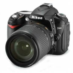Nikon D90 + 18-105mm VR KIT DSLR Foto�raf Mak.