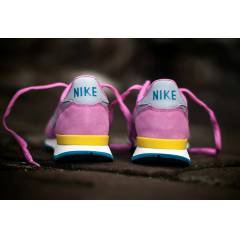 WMNS NIKE INTERNATIONALIS YEN� SEZON