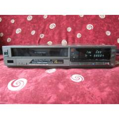 NATIONAL NV-G200 HQ VHS V�DEO RECORDER