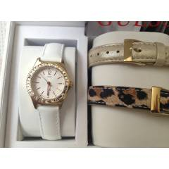 GUESS SAAT MINI SPARKLE LEOP BOX SET