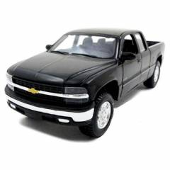 Maisto Chevrolet Silverado Model Araba 1:24 Spec