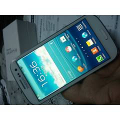 SAMSUNG GALAXY S 3 i9300 24 ay GARANT�-8 MP-S 4