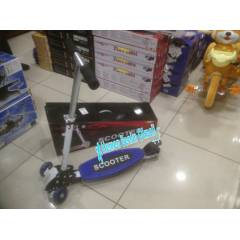3 TEKERL� METAL SCOOTER �N ��FT TEKERL�