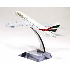 Emirates Airlines Model U�ak Biblo Mini