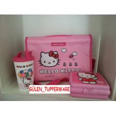 TUPPERWARE Hello Kitty BESLENME SET�