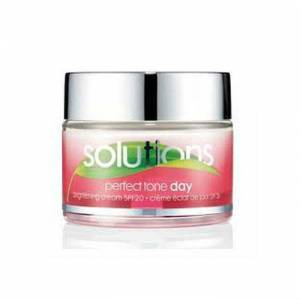 Avon Solutions Perfect Tone G�nd�z Kremi