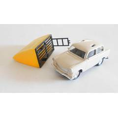 Do�u Alman Seti - Trabant 601 - 1/64