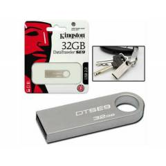 Kingston 32 Gb Usb 2.0 DTSE9H Metal