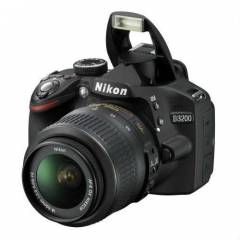 Nikon D3200 18-105mm VR LENS KIT DSLR