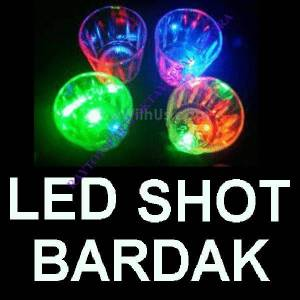 I�IKLI SHOT BARDAK LED L�GHT  FLASH�NG 6X4.5 CM