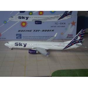 1/200 AVIATION200 SKY AIRLINES TCSKN B 737 - 900