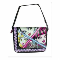 Monster high postac� okul �antas� �� farkl� mode