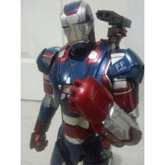 Hot Toys Ironman Patriot 1 / 6 collectible figur