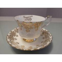 ROYAL ALBERT ANNIVERSARY FINCAN