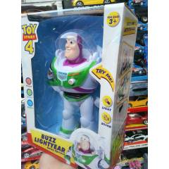 BUZZ LIGHT YEAR y�r�yen ���kl� ve sesli robot