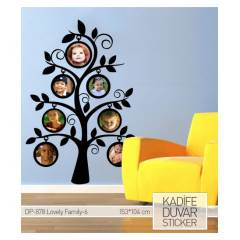 KAD�FE DUVAR STICKER LOVELY FAMILY-6 104x153 CM