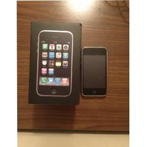 IPHONE 3G S�YAH 8 GB CEP TELEFONU
