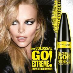Maybelline The Colossal Go Extreme Leather Black