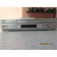 SONY SLV SE747 HİFİ STEREO VHS VİDEO RECORDER