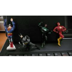 Kinder 2009 Justice League 2 - 4'lü set