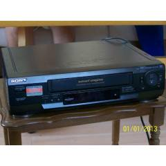 SONY SLV-SE100 VHS  VİDEO RECORDER
