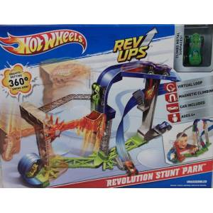 Hot Wheels Rev Ups Skyhigh Speedway Play Set