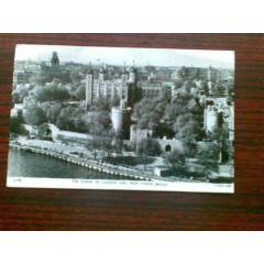 THE TOWER OF LONDON SEEN FROM TOWER BRIGE 1954