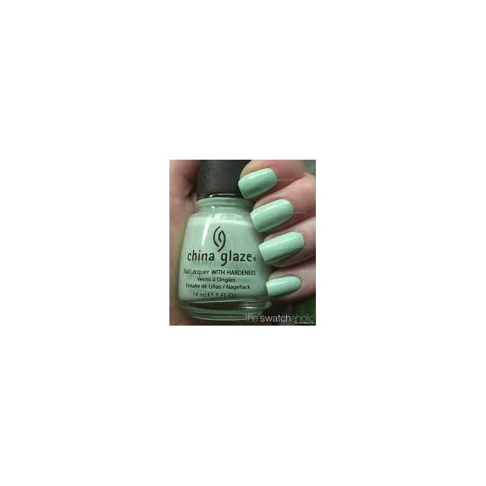 China Glaze RE FRESH - M�NT YE��L� OJE