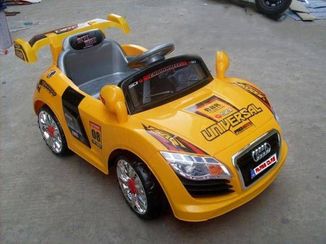 Arabalar Peg Perego Akl Barbie Car