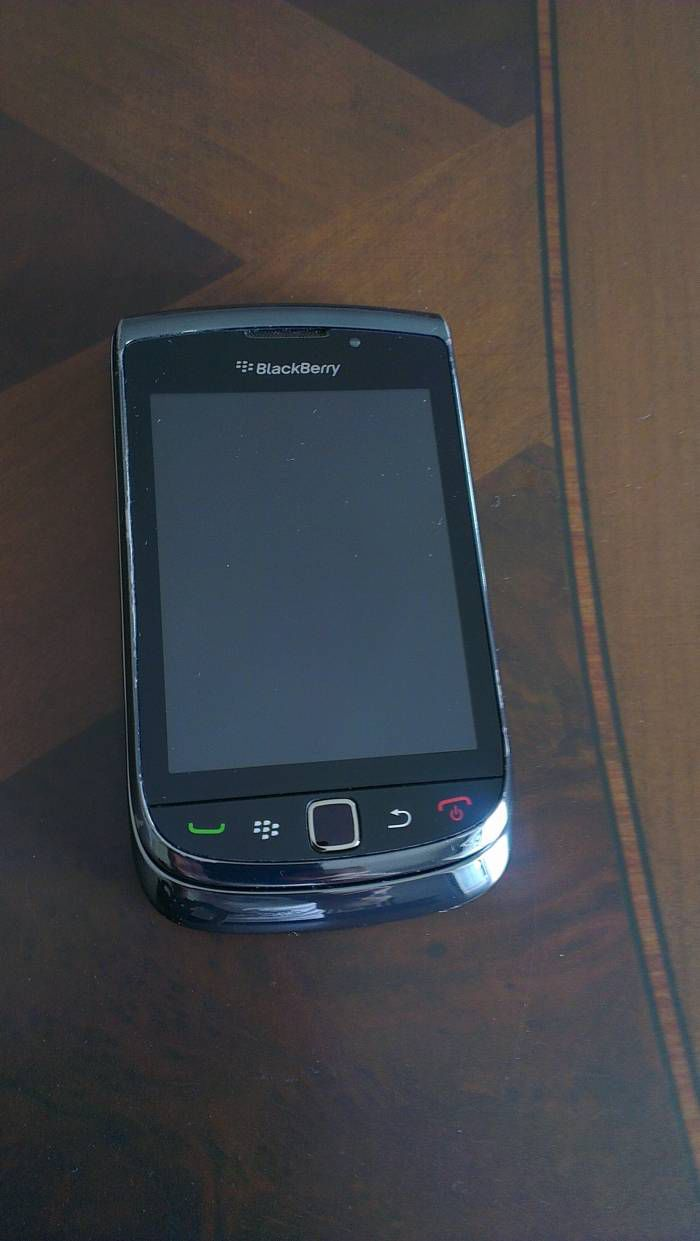 BLACKBERRY Torch 9800 ve �arj �nitesi