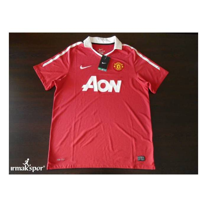 MANCHESTER UNITED 2011-2012 FORMASI