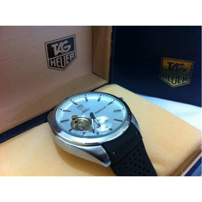 TAG HEUER GRAND CARRERA PENDULUM 2013 YEN� MODEL
