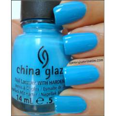 China Glaze Avant Garden Sunday Funday