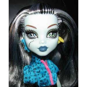 Monster High Acayip Haval� Arkada� frankie stein