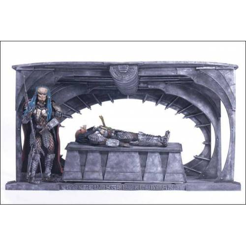 ALIEN VS PREDATOR 2 BIRTH OF THE HYBRID DIORAMA BOXED SET