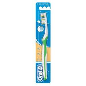 Oral-B Klasik Medium 3 Effect 40 Diş Fırçası 3014260275921