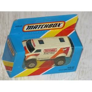 MATCHBOX  4X4 Chevy no:68 Kapalı Kutu