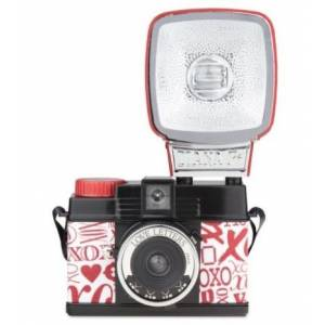 Lomography Diana Mini & Flash Love Letters