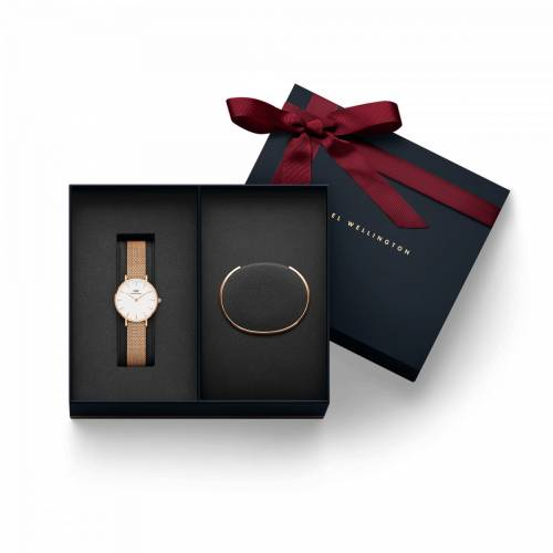 Daniel Wellington Women's Classic Petite Melrose Watch + Classic Bracelet Rose Gold - Small