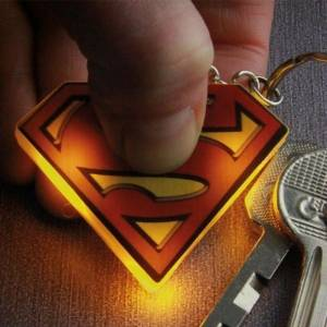 DC Comics: Superman Light Up Keychain Işıklı Anahtarlik