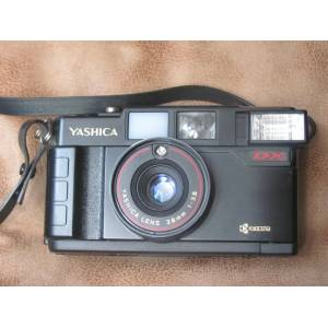 Yashica YASHICA MF-2 SUPER DX 35mm Filmli FOTOĞRAF MAKİNESİ