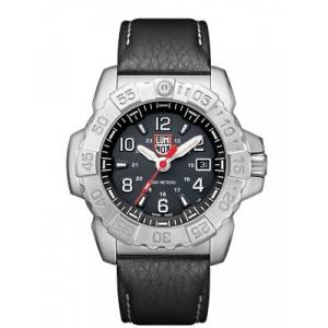Luminox 3251 Navy Seal 45mm Erkek Kol Saati