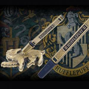 Harry Potter Hufflepuff House Pen And Desk Stand