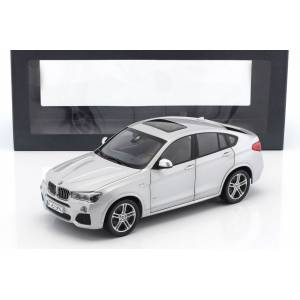 1:18 PARAGON BMW X4 XDRIVE
